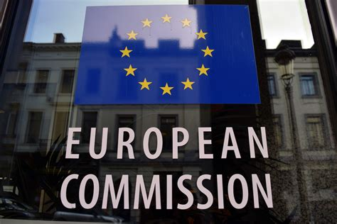 EU Commission: We Plan to Boost Support for Blockchain
