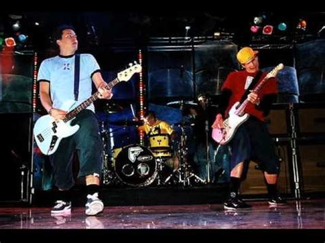 blink-182 - Roller Coaster live in Pittsburgh [2001] - YouTube