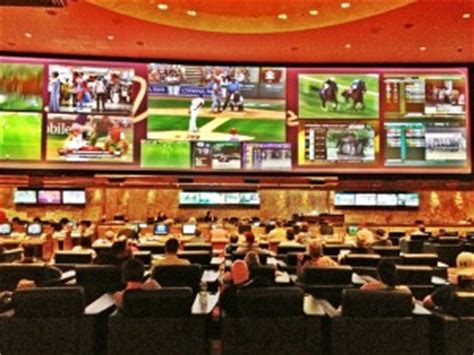 Best Las Vegas Sports Books - 5 Great Places to Watch NFL