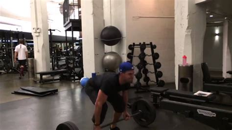 Stephen Amell Workout Routine For Arrow - YouTube
