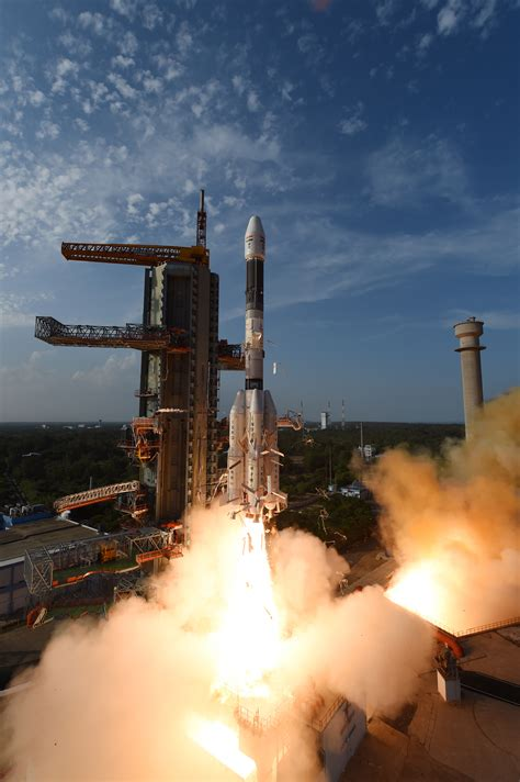 First Images from INSAT-3DR Imager - ISRO